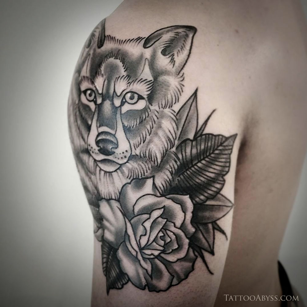 Wolf Head With Roses Tattoo Abyss