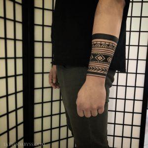 geometric-forearm-2