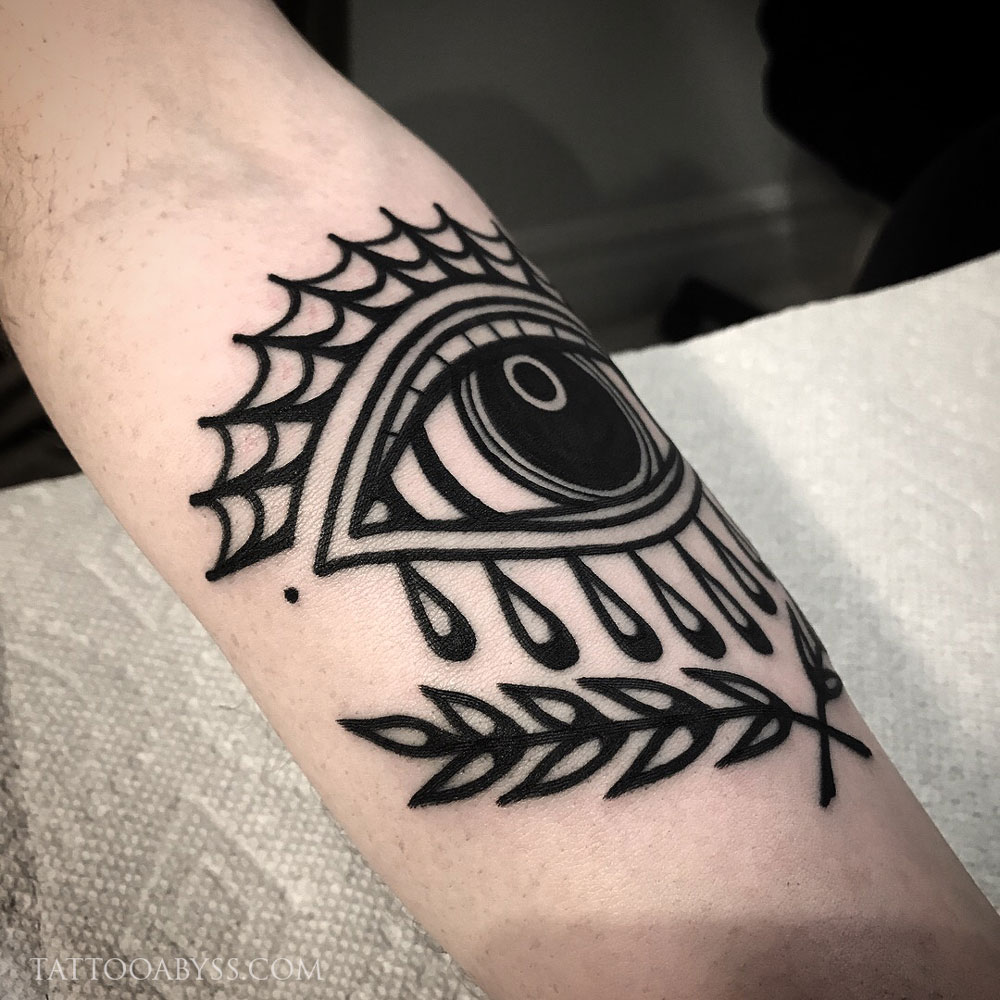 2149727a6 Traditional Eye & Spiderweb | Tattoo Abyss