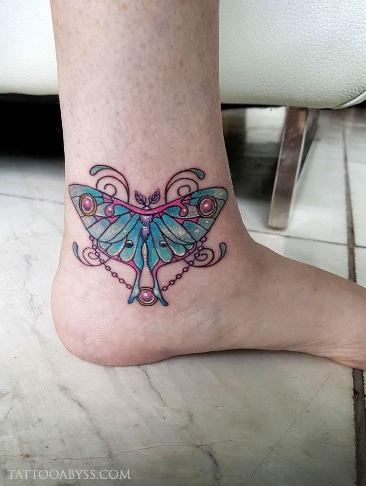 Luna-moth-tattoo-abyss
