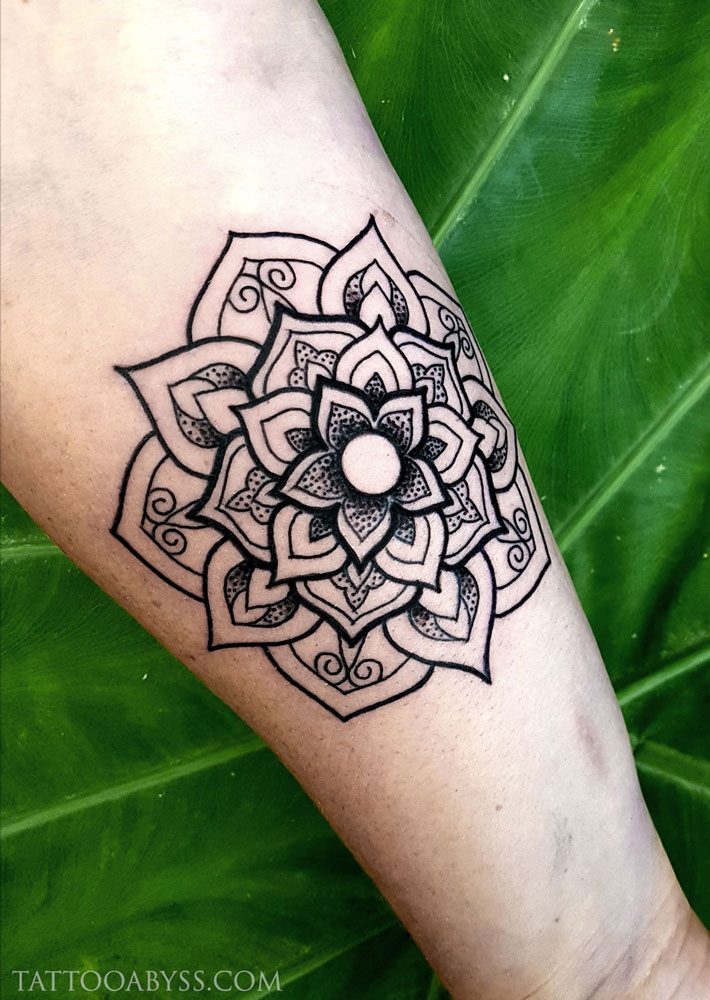 Mandala-forearm-tattoo-abyss