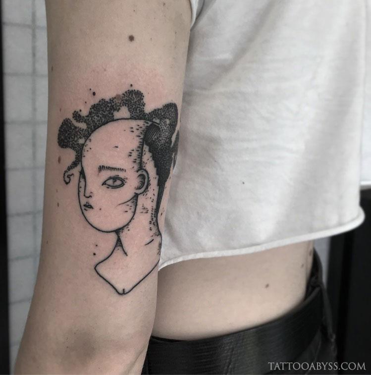 girl-head-chloe-tattoo-abyss