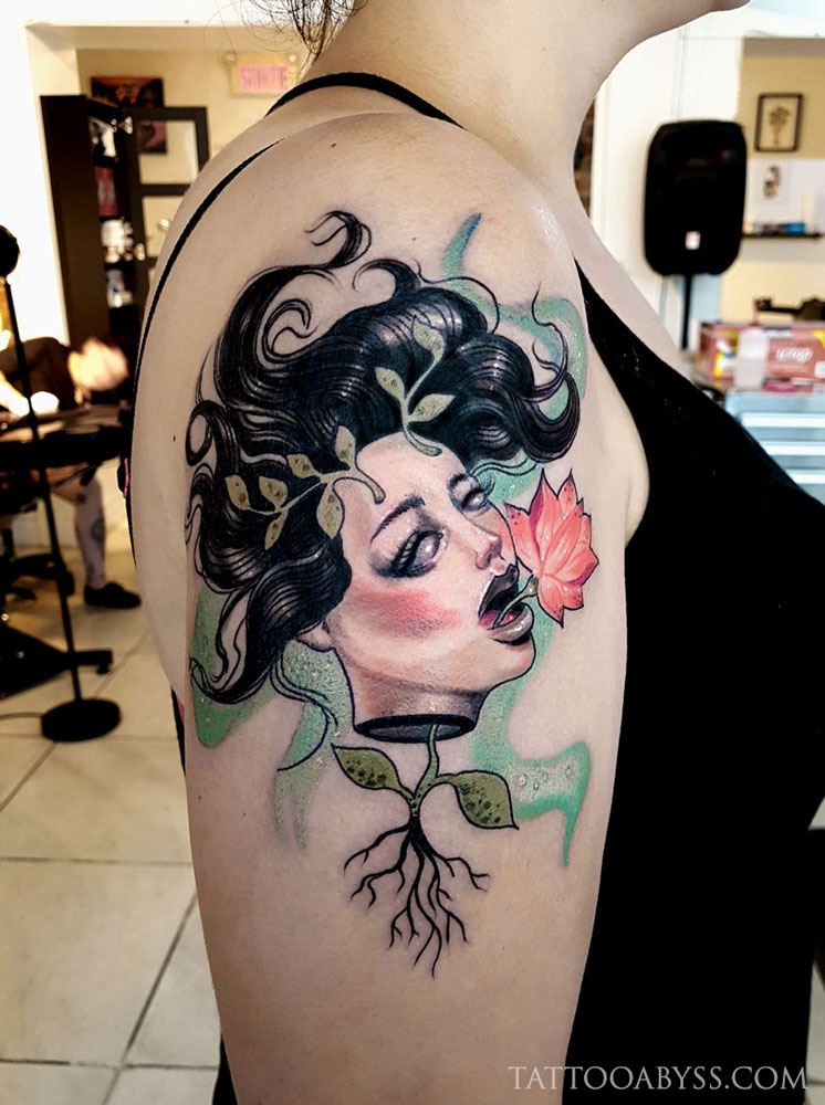 lotus-girl-tattoo-abyss
