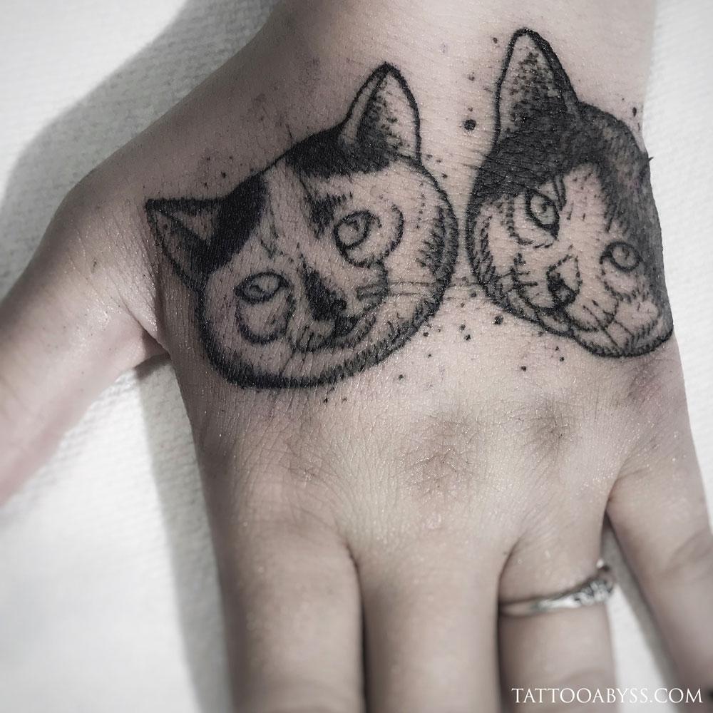 cats-chloe-tattoo-abyss