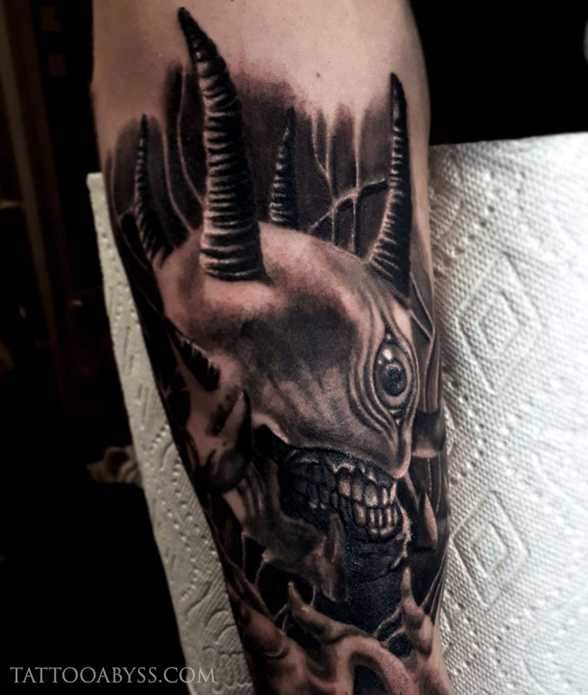 cyclops-loudevick-tattoo-abyss