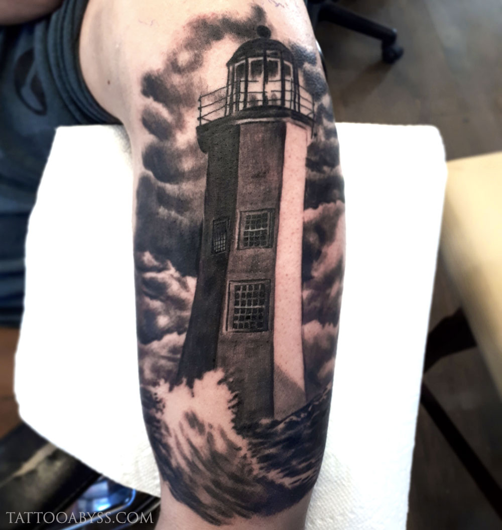 lighthouse-loudevick-tattoo-abyss