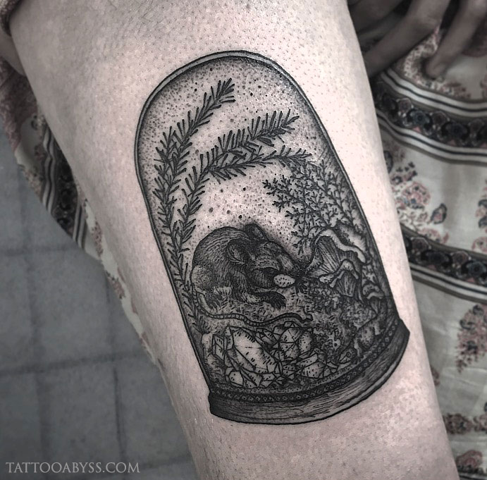 mouse-chloe-tattoo-abyss