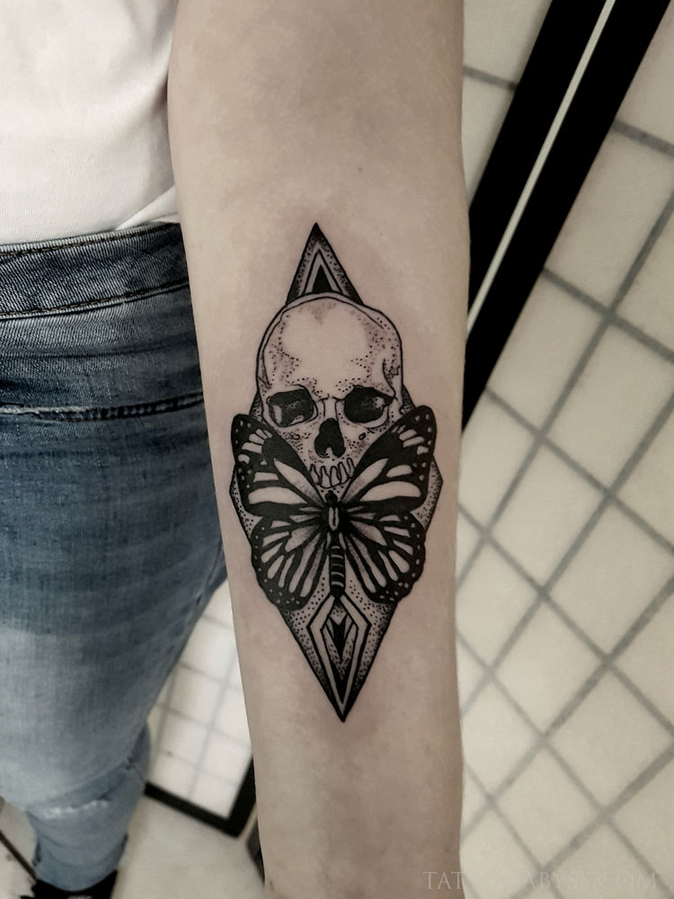 skull-butterfly-abby-tattoo-abyss