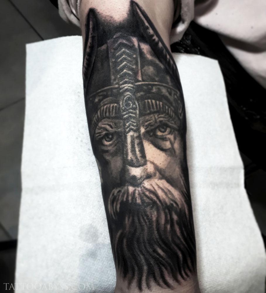 viking-loudevick-tattoo-abyss