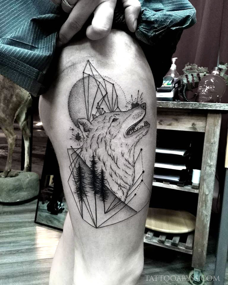 geometric-wolf-camille-tattoo-abyss