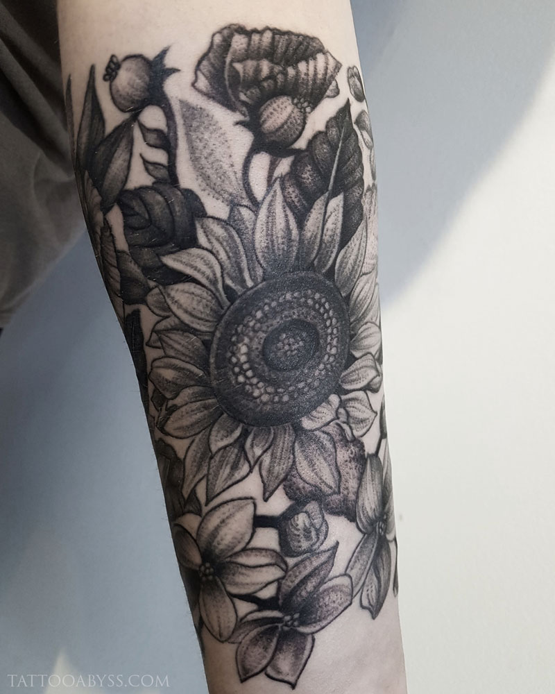 sunflowers-abby-tattoo-abyss