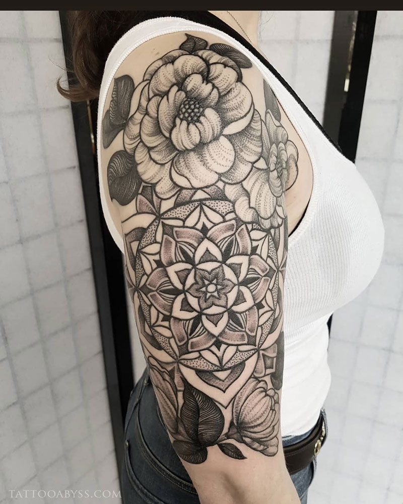floral-mandla-halfslevve-2-abby-tattoo-abyss