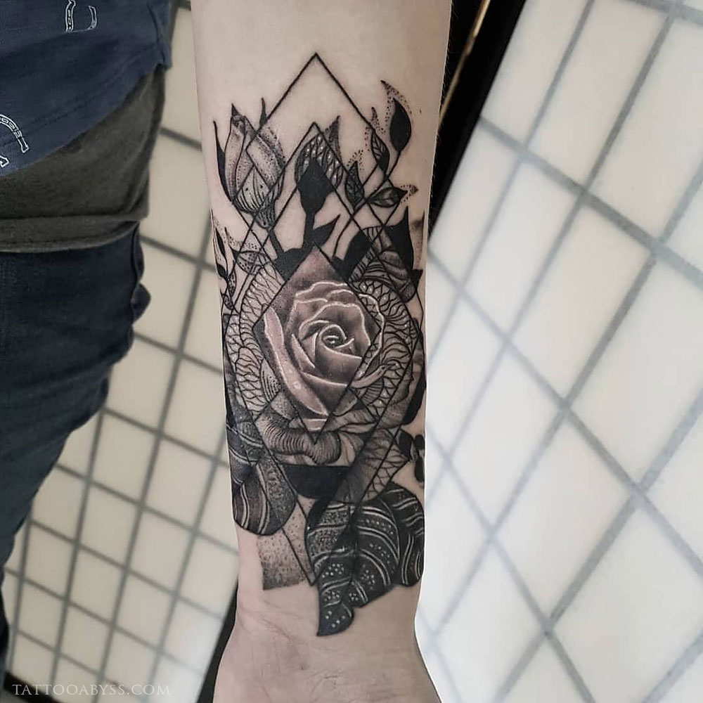 0420ee8432b9a geometric-rose-coverup-after-abby-tattoo-abyss