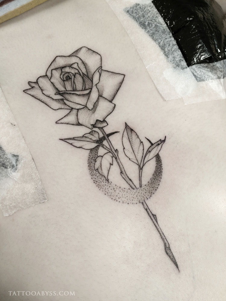 rose-moon-camille-tattoo-abyss