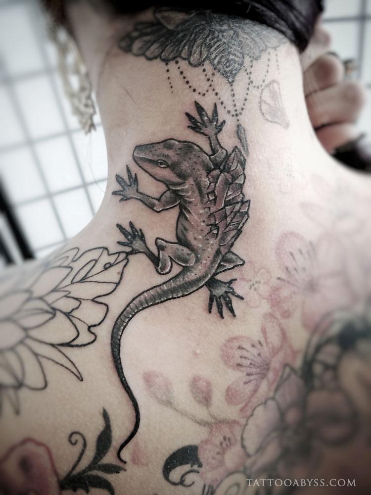 crystal-lizard-devon-tattoo-abyss