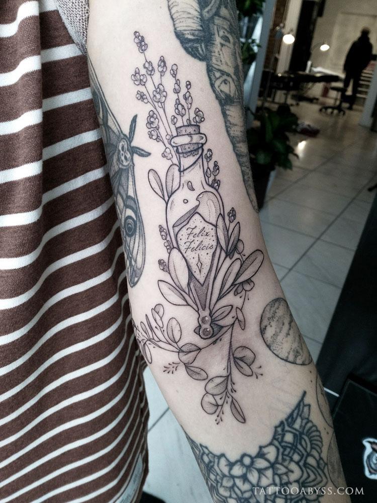 felix-felicis-camille-tattoo-abyss