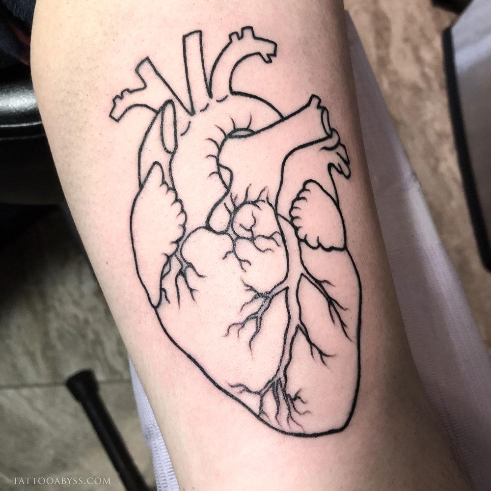 heart-liane-tattoo-abyss
