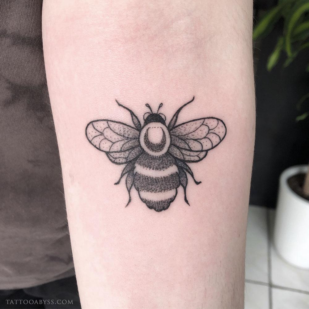 bumblebee-liane-tattoo-abyss