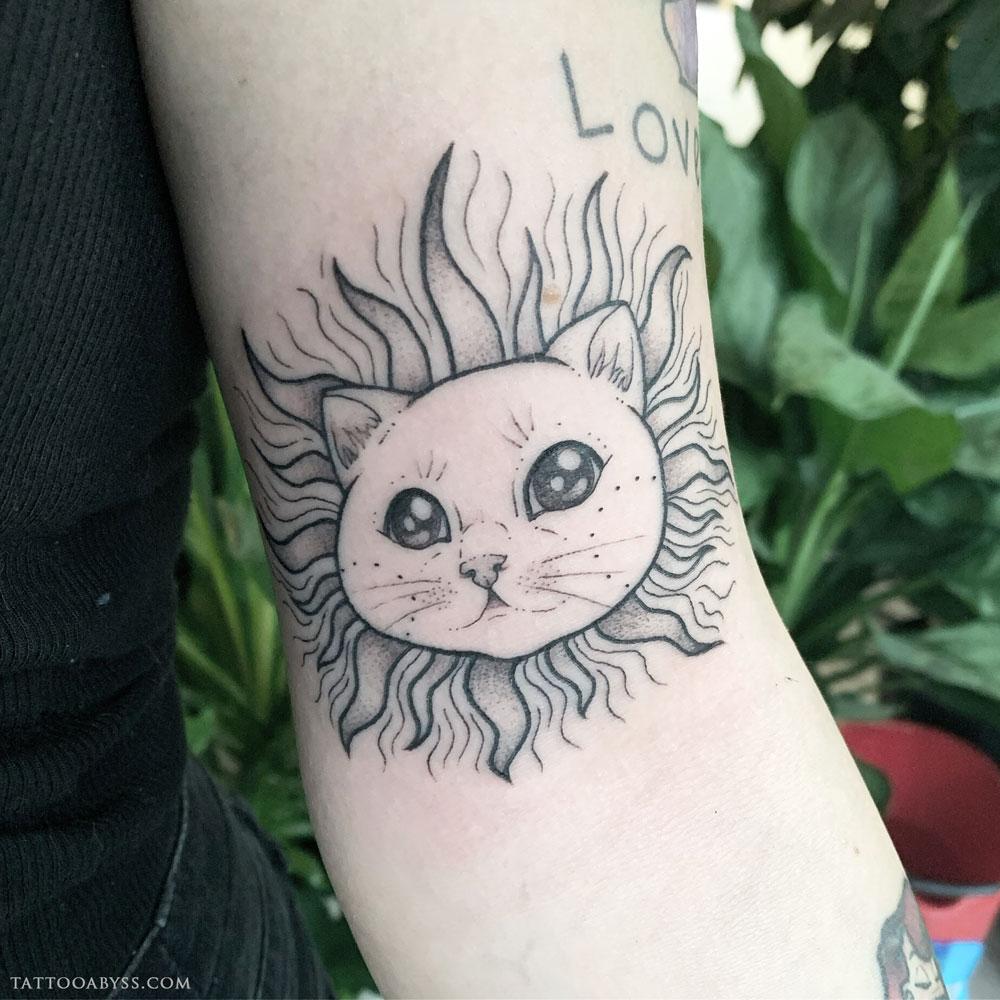 cat-sun-liane-tattoo-abyss